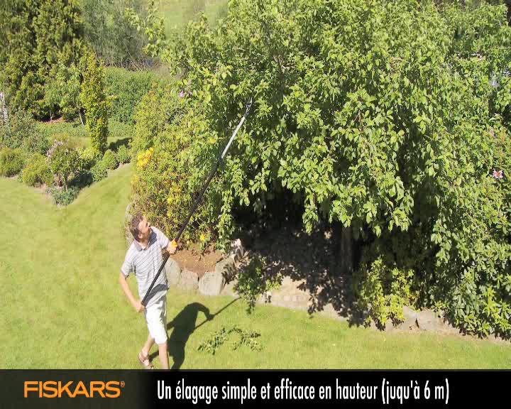 Coupe branches multifonction t lescopique fiskars 6 m for Outillage de jardin fiskars